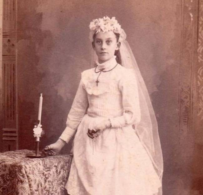 15-victorian-era-photos-post-mortem-photography-will-show-how-creepy-the-old-times-were